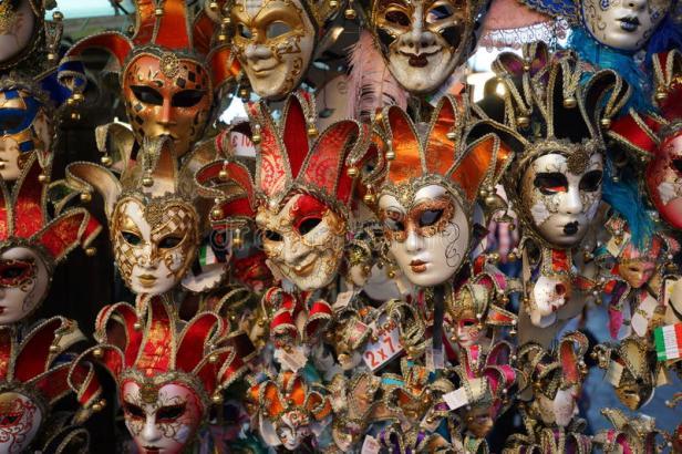negozio-della-maschera-di-carnevale-di-venezia-51722258