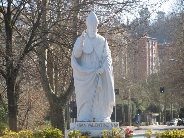 Statua-San-Valentino-Terni.jpg